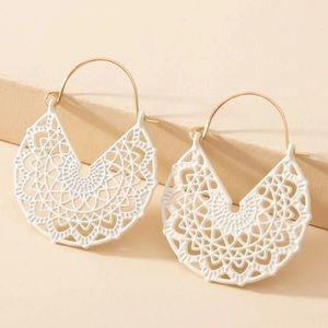 White Flower Pattern Hoop Earrings